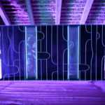 Albert Kaan - 1 to 2, 2018, wire, steelboard, paint, el-wire, 100x200x10 cm